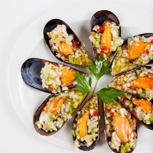 Coincidiendo con la temporada de sidrería, ofrecemos un menú al estilo clásico asequible